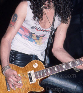 Slash wears Custom Guitar Straps