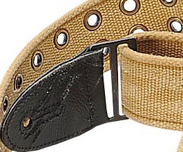 tan_grommet_guitar_strap_close