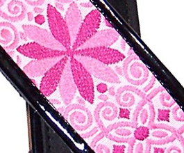flower guitar strap 08 close up
